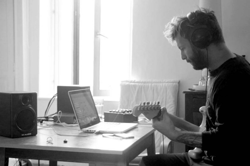 Maxime Keller work on guitar pre production